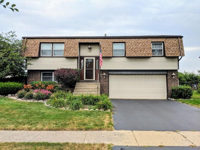 1751 President Street, Glendale Heights, IL 60139 (MLS #10053669) :: The Jacobs Group