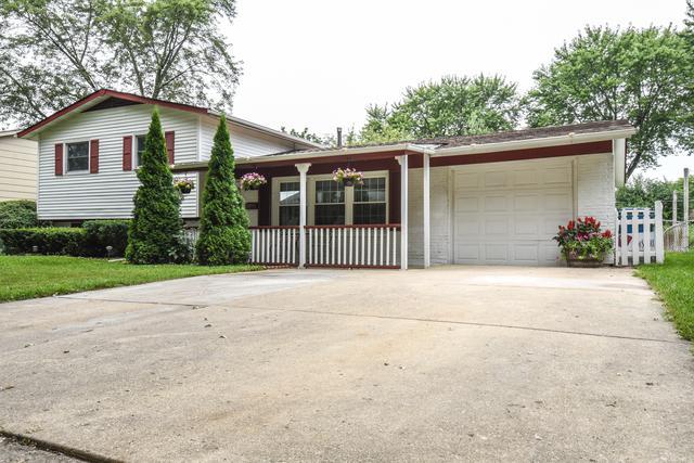 6838 Glenwood Lane, Hanover Park, IL 60133 (MLS #10053701) :: Domain Realty