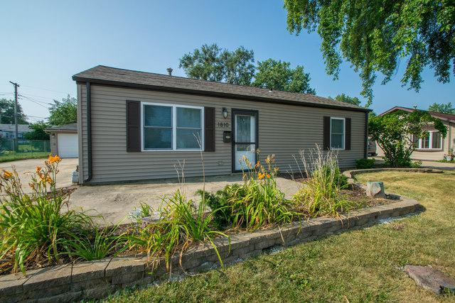 1810 Innercircle Drive, Crest Hill, IL 60403 (MLS #10054031) :: Domain Realty