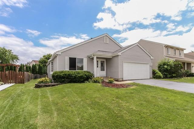 203 Parkwood Drive, Streamwood, IL 60107 (MLS #10054056) :: The Jacobs Group