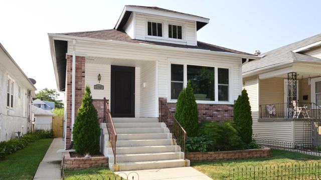 5747 W Warwick Avenue, Chicago, IL 60634 (MLS #10054147) :: Domain Realty