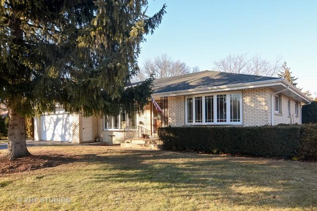 4 Glenbrook Drive, Prospect Heights, IL 60070 (MLS #10054277) :: The Schwabe Group
