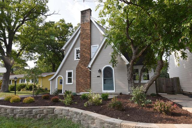 321 Woodward Avenue, Geneva, IL 60134 (MLS #10054441) :: The Spaniak Team