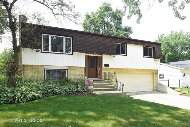 2270 Durham Drive, Wheaton, IL 60189 (MLS #10054646) :: The Wexler Group at Keller Williams Preferred Realty
