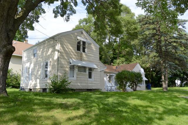 704 Dixon Avenue, Elgin, IL 60120 (MLS #10054755) :: Domain Realty