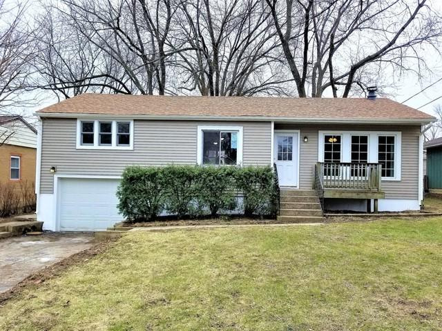 104 Hunters Path, Lake In The Hills, IL 60156 (MLS #10054776) :: The Spaniak Team