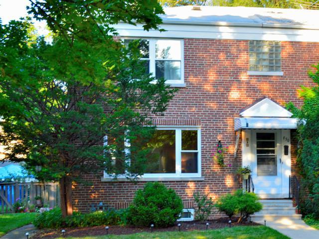 828 Hannah Avenue #828, Forest Park, IL 60130 (MLS #10054821) :: Domain Realty