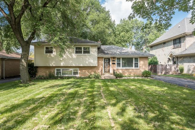 4918 Pershing Avenue, Downers Grove, IL 60515 (MLS #10054914) :: The Spaniak Team