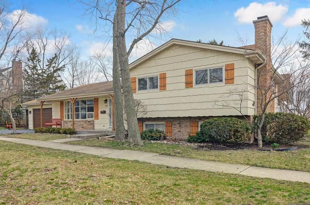 745 Town Place, Hinsdale, IL 60521 (MLS #10055036) :: The Spaniak Team