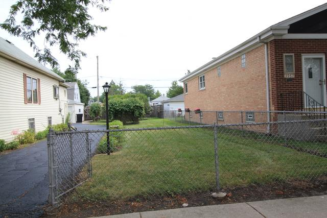 3961 N Oleander Avenue, Chicago, IL 60634 (MLS #10055067) :: Littlefield Group