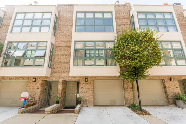 761 W Melrose Street #761, Chicago, IL 60657 (MLS #10055169) :: The Perotti Group