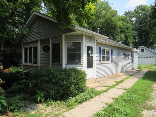 305 N Grant Street, Westmont, IL 60559 (MLS #10055465) :: Littlefield Group