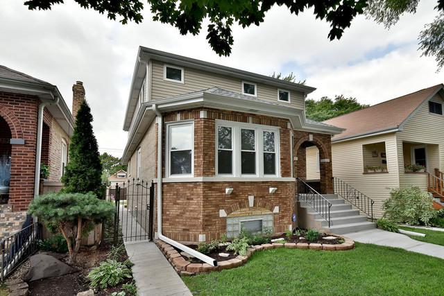 2930 N 73rd Court, Elmwood Park, IL 60707 (MLS #10055646) :: The Jacobs Group