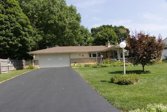 2111 Wisteria Road, Rockford, IL 61107 (MLS #10055694) :: Domain Realty