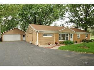 16300 Oak Park Avenue, Tinley Park, IL 60477 (MLS #10055705) :: Littlefield Group