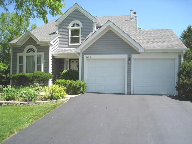 1905 Gibson Drive, Elk Grove Village, IL 60007 (MLS #10055710) :: The Jacobs Group