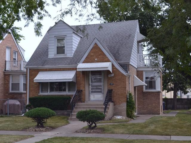 9259 S Sawyer Avenue, Evergreen Park, IL 60805 (MLS #10055777) :: Domain Realty