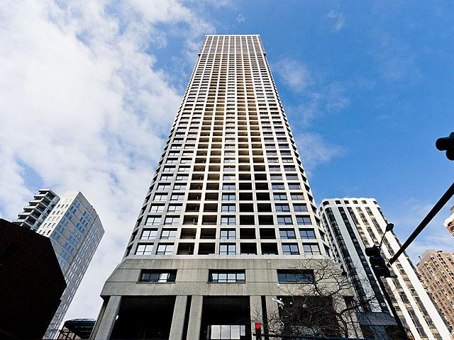 1030 N State Street 4LMA, Chicago, IL 60610 (MLS #10055813) :: Touchstone Group