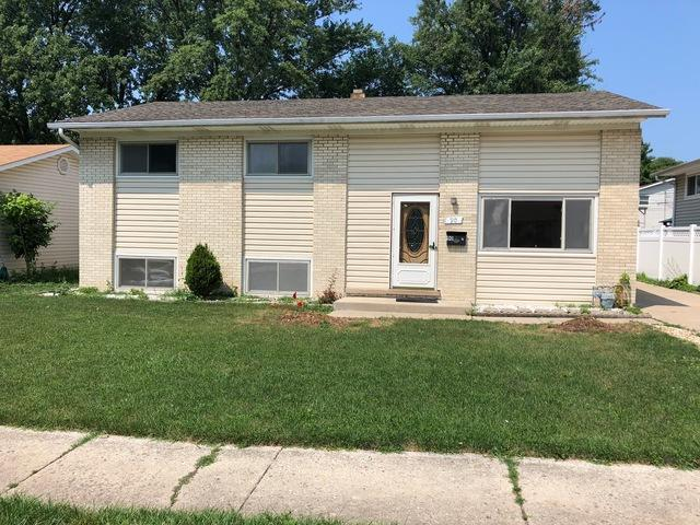90 E Lincoln Avenue, Glendale Heights, IL 60139 (MLS #10055832) :: The Spaniak Team