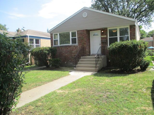1800 Seward Street, Evanston, IL 60202 (MLS #10055862) :: Domain Realty