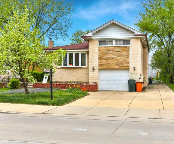 6866 N Crawford Avenue, Lincolnwood, IL 60712 (MLS #10055885) :: The Spaniak Team