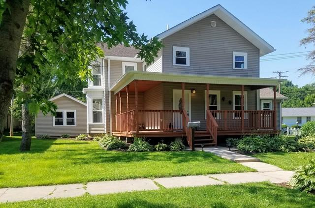 412 E Main Street, Amboy, IL 61310 (MLS #10055904) :: The Spaniak Team