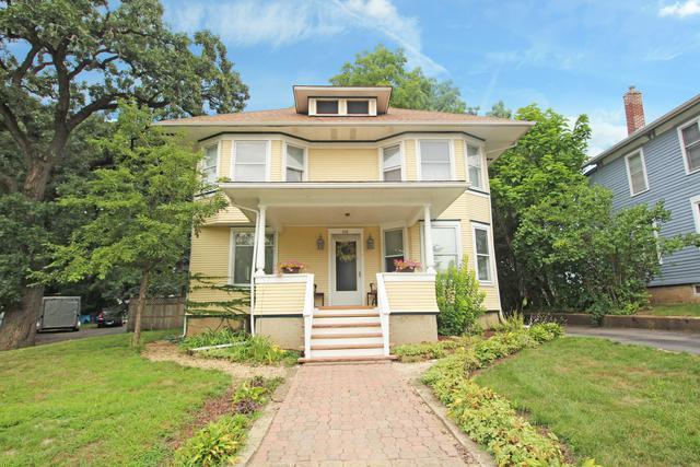 408 Mountain Street, Elgin, IL 60123 (MLS #10055920) :: Domain Realty