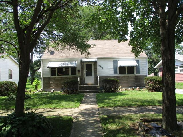 16532 Union Avenue, Harvey, IL 60426 (MLS #10055965) :: The Jacobs Group