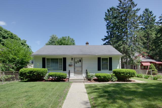 2203 Emmaus Avenue, Zion, IL 60099 (MLS #10056181) :: The Spaniak Team