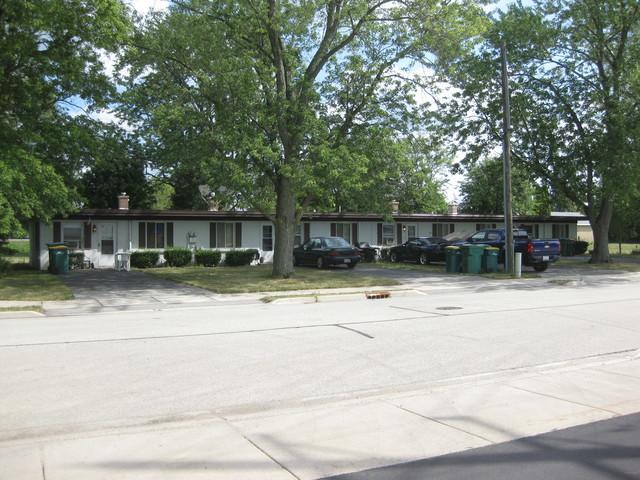310 S Douglas Street, Elwood, IL 60421 (MLS #10056246) :: The Saladino Sells Team