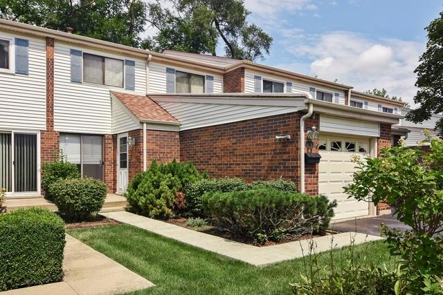 208 W Wimbolton Drive, Mount Prospect, IL 60056 (MLS #10056331) :: The Schwabe Group