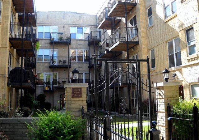 4014 N Albany Avenue 2A, Chicago, IL 60618 (MLS #10056476) :: The Spaniak Team