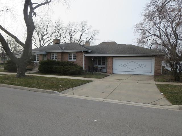 8101 N Octavia Avenue, Niles, IL 60714 (MLS #10056530) :: The Jacobs Group