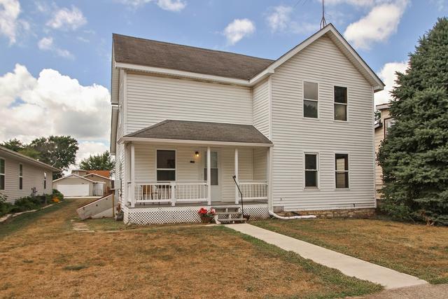 243 S Oak Street, Herscher, IL 60941 (MLS #10056702) :: Leigh Marcus | @properties