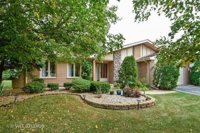 13017 W Tanglewood Circle, Palos Park, IL 60464 (MLS #10056729) :: The Spaniak Team