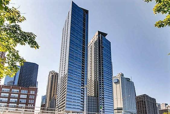 600 N Lake Shore Drive #2702, Chicago, IL 60611 (MLS #10056791) :: The Spaniak Team