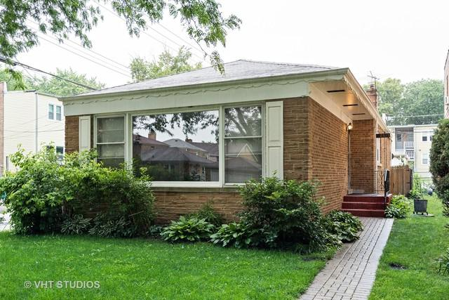 2815 W Balmoral Avenue, Chicago, IL 60625 (MLS #10057008) :: The Saladino Sells Team