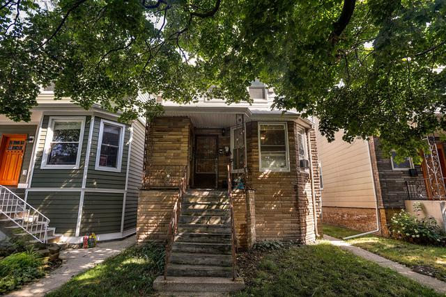2240 W Farragut Avenue, Chicago, IL 60625 (MLS #10057159) :: The Saladino Sells Team