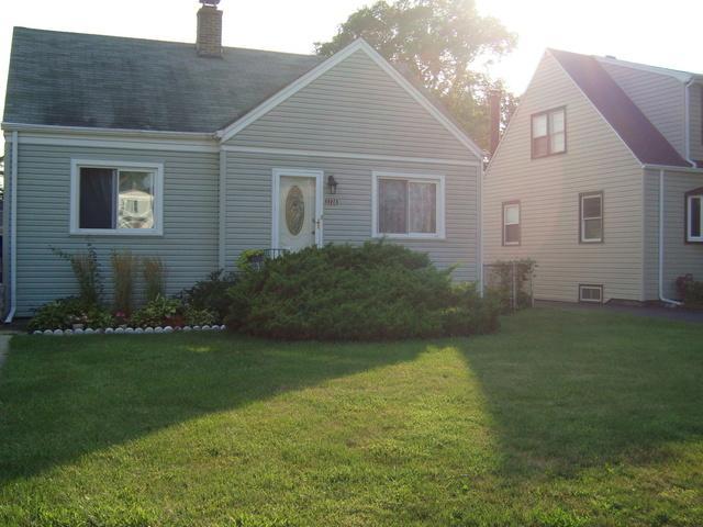 2728 N Elder Lane NW, Franklin Park, IL 60131 (MLS #10057429) :: The Jacobs Group