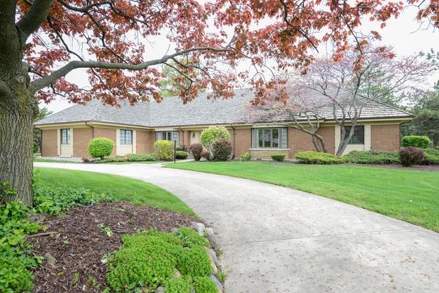 406 Midwest Club Parkway, Oak Brook, IL 60523 (MLS #10057484) :: Lewke Partners