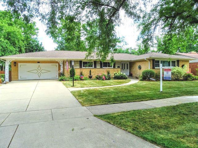 153 Michael John Drive, Park Ridge, IL 60068 (MLS #10057543) :: The Jacobs Group