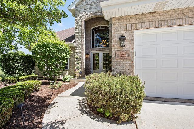 16241 Ridgewood Drive, Homer Glen, IL 60491 (MLS #10058178) :: The Jacobs Group