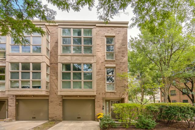 2301 N Wayne Avenue, Chicago, IL 60614 (MLS #10058271) :: The Jacobs Group