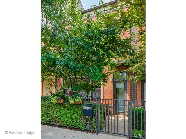 908 N Larrabee Street, Chicago, IL 60610 (MLS #10058608) :: The Jacobs Group