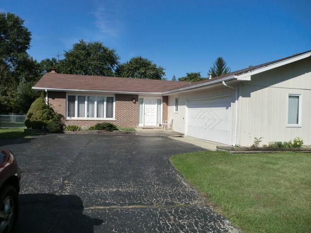 6722 Clarendon Hills Road, Darien, IL 60561 (MLS #10059063) :: Baz Realty Network | Keller Williams Preferred Realty