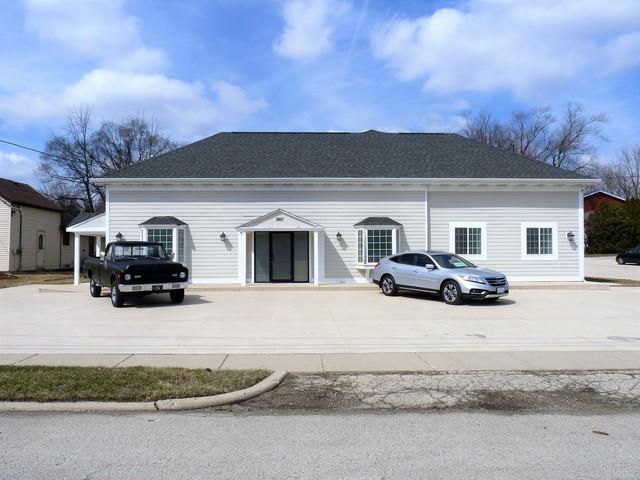 10017 Main Street, Richmond, IL 60071 (MLS #10059400) :: Lewke Partners