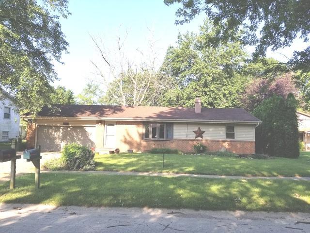 809 S Center Street, Mahomet, IL 61853 (MLS #10059610) :: Littlefield Group