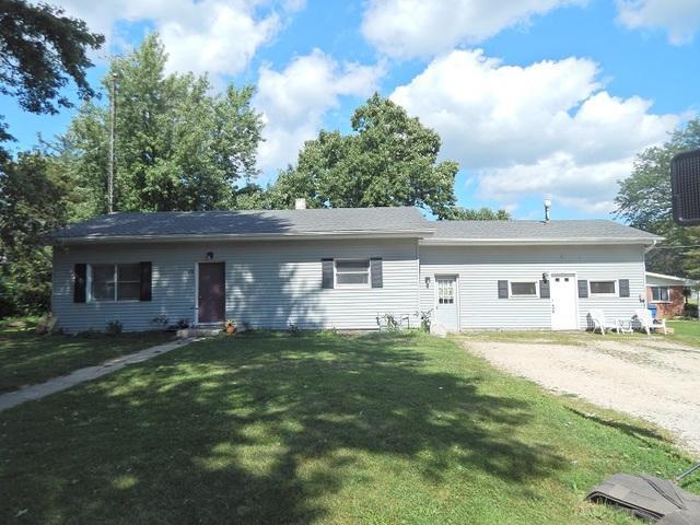 175 James Street, Burlington, IL 60109 (MLS #10061633) :: Baz Realty Network | Keller Williams Preferred Realty