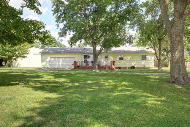 909 S Sycamore Street, VILLA GROVE, IL 61956 (MLS #10062023) :: Ryan Dallas Real Estate