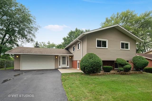 21W155 Everest Road, Lombard, IL 60148 (MLS #10063948) :: The Jacobs Group